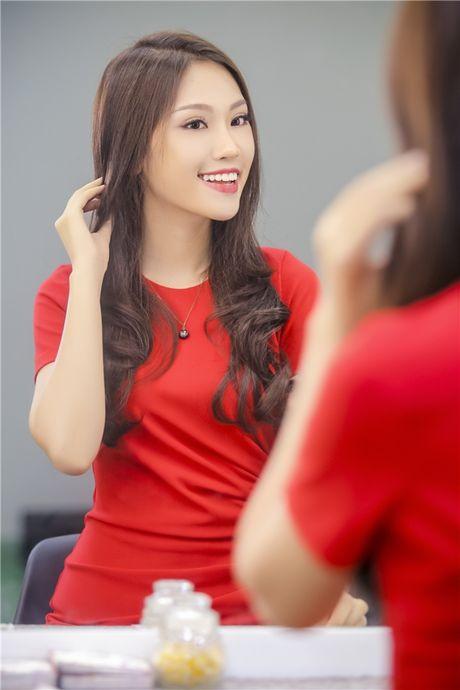 Can canh nhan sac thi sinh dai dien Viet Nam thi Hoa hau Quoc te 2016 - Anh 1