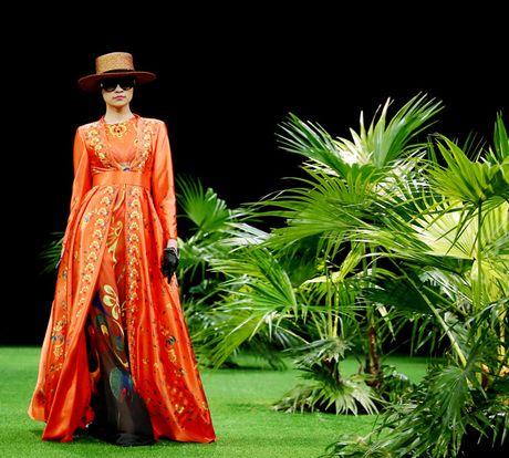 Vietnam Fashion Week: Xanh muot xuan he chau A nhiet doi moi - Anh 6