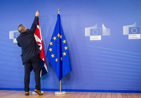Nuoc Anh se roi EU truoc thang 9/2017 - Anh 1