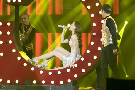 Liveshow 12 ty Dam Vinh Hung: Nhu dang lac vao thien duong giai tri Las Vegas! - Anh 10