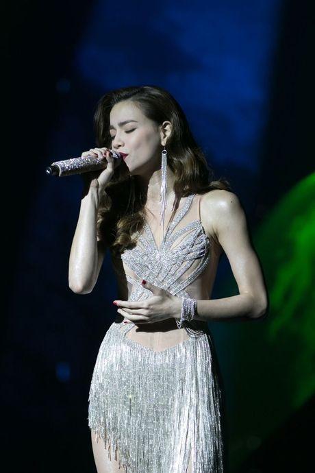Liveshow 12 ty Dam Vinh Hung: Nhu dang lac vao thien duong giai tri Las Vegas! - Anh 11