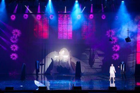 Liveshow 12 ty Dam Vinh Hung: Nhu dang lac vao thien duong giai tri Las Vegas! - Anh 13
