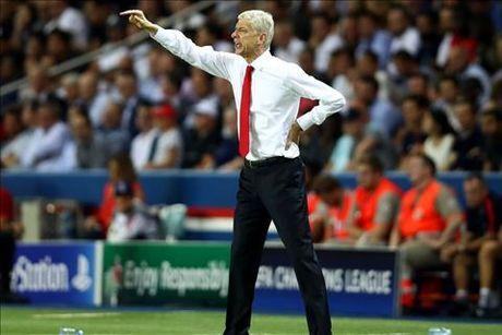 Tiet lo: M.U tung muon Wenger thay the Ferguson - Anh 2