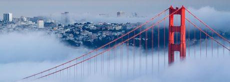 My tung phun vi khuan tren toan San Francisco - Anh 1