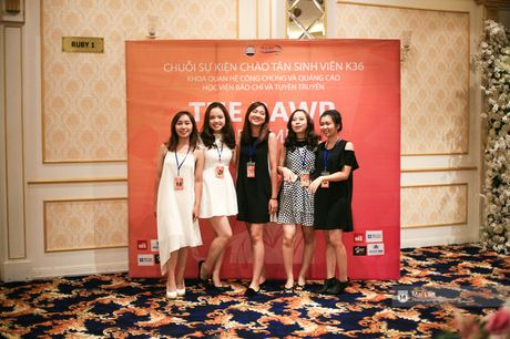 The Rawr of Times: Mot dem da hoi sieu chat, sieu vui cua 'nam thanh nu tu ' truong Bao - Anh 2