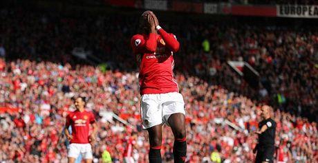 TRUC TIEP Man Utd 0-0 Stoke City: Pogba bo lo co hoi mo ty so - Anh 1