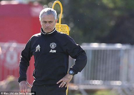 Mourinho cho doi 'nhan to bi an' giup MU vuot qua kho khan - Anh 1