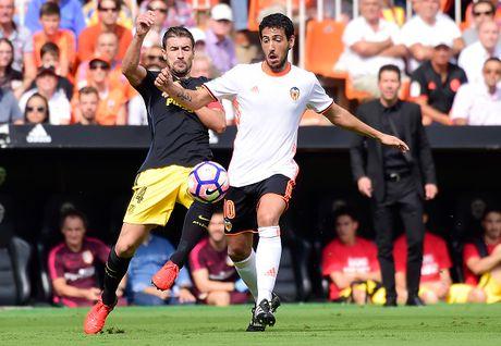 Atletico thang Valencia du da hong 2 qua phat den - Anh 9