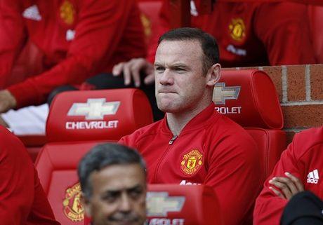 18h00, TRUC TIEP Man United - Stoke City: Doi cho song sat Rashford - Ibrahimovic. Rooney lai du bi - Anh 2