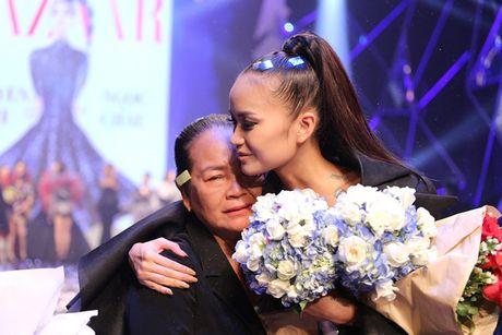 "Ngoc Chau ""vuot mat"" mau lun 1m54 gianh Quan quan Vietnam's Next Top Model 2016 - Anh 11"