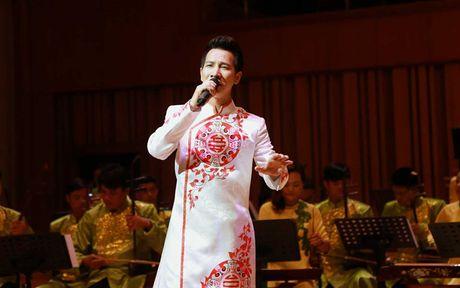 Sao Mai Le Anh Dung 'da nham san' sang Nhac cu truyen thong - Anh 8