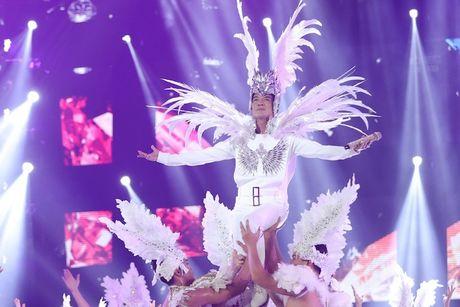 Choang ngop 'Sieu show kim cuong' nua trieu USD cua Dam Vinh Hung - Anh 26