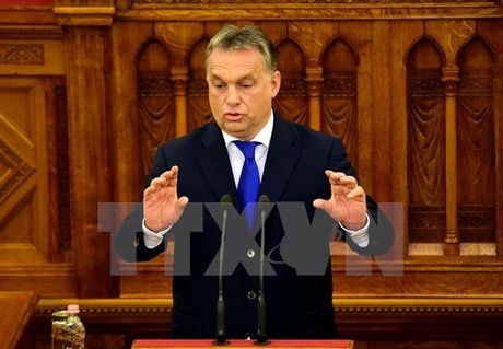 Thu tuong Orban: EU 'khong the ep' Hungary tiep nhan nguoi di cu - Anh 1