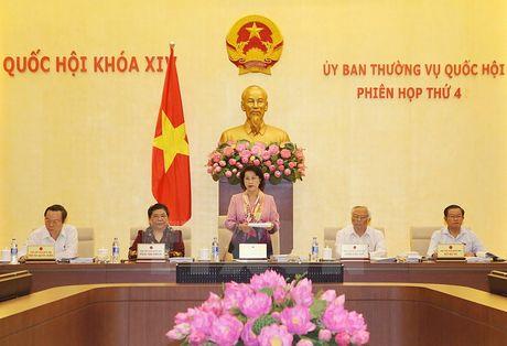 Khai mac Phien hop thu tu cua Uy ban Thuong vu Quoc hoi khoa XIV - Anh 1