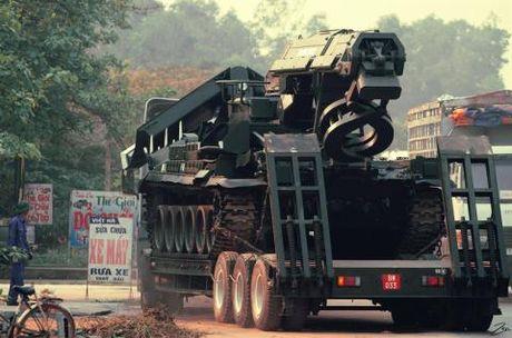 Xe cong binh hang nang IMR-2M Viet Nam khoe suc - Anh 1