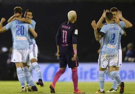 Gan 10 nam, Barcelona moi lai nhan thanh tich te hai - Anh 1