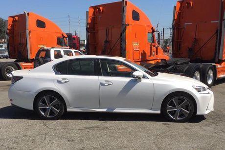 'Cham mat' xe sang Lexus GS 200t gia 3,1 ty tai Ha Noi - Anh 3