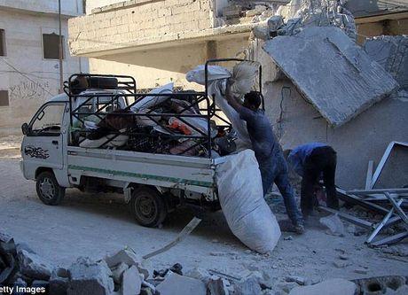 Khoanh khac cuu be so sinh khoi dong do nat o Syria - Anh 10