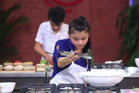 Vua dau bep nhi 2016 tap 1: 3 guong mat dau tien buoc vao Vong Kitchen - Anh 10