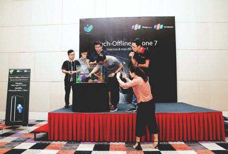 Hinh anh buoi offline iPhone 7 tai Ha Noi va Da Nang - Anh 24