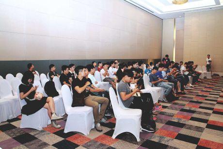 Hinh anh buoi offline iPhone 7 tai Ha Noi va Da Nang - Anh 6
