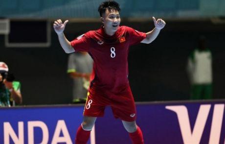 Minh Tri duoc ton vinh tai FIFA Futsal 2016 - Anh 1