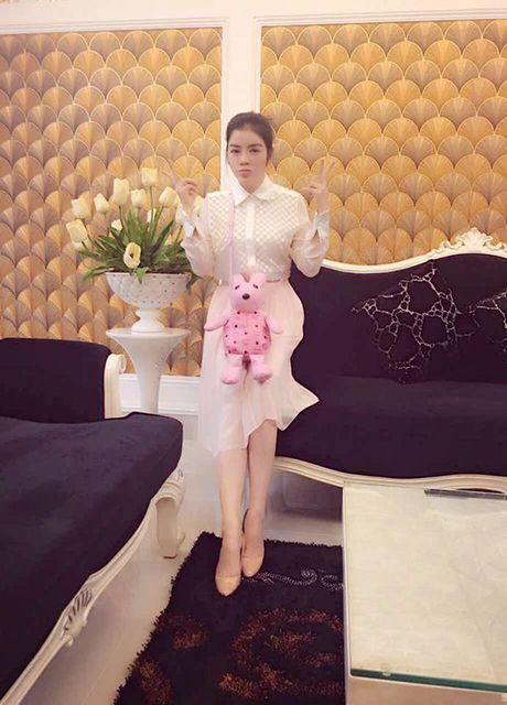 Sao Viet 3/10: Cadie khoe vai voi dam Lo Lem, Huong Giang lo chan xuong xau - Anh 6
