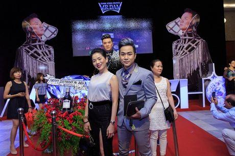Quach Tuan Du lan dau cong khai ban gai doanh nhan - Anh 11