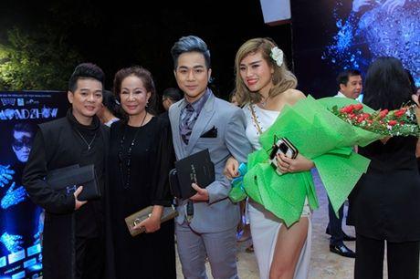 Quach Tuan Du lan dau cong khai ban gai doanh nhan - Anh 12