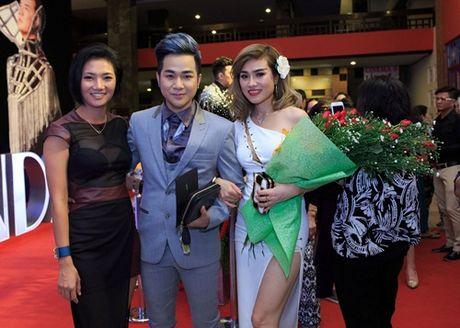 Quach Tuan Du lan dau cong khai ban gai doanh nhan - Anh 14