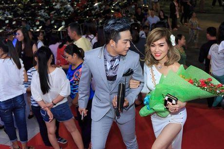 Quach Tuan Du lan dau cong khai ban gai doanh nhan - Anh 2