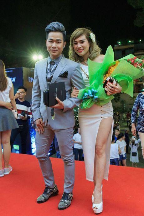 Quach Tuan Du lan dau cong khai ban gai doanh nhan - Anh 6