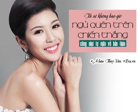 "A hau Thuy Van: ""Trong showbiz toi choi than nhat voi Ky Duyen"" - Anh 1"