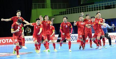 Doi tuyen Futsal Viet Nam doat giai phong cach - Anh 1