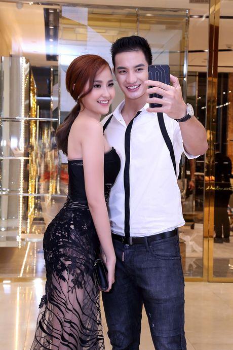 Hoc tro cua Pham Huong dep 'hut hon', quyen ru Nam vuong Van Son - Anh 6