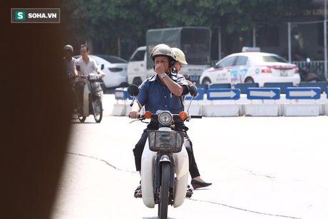 Nguoi Ha Noi khon kho sau khi ca chet noi trang Ho Tay - Anh 6