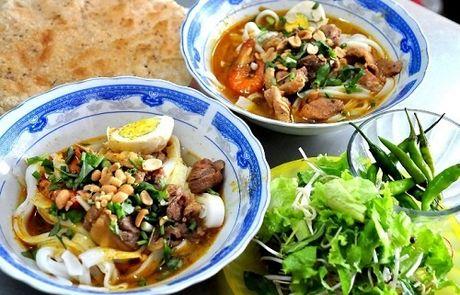 Mi Quang - mon chua an chua den Da Nang - Anh 1