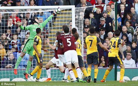 Ghi ban o giay cuoi cung, Arsenal nhoc nhan gianh 3 diem truoc Burnley - Anh 2