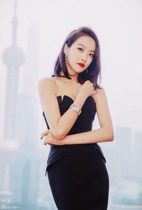 Song Hye Kyo vuot Trinh Sang, Yoona va nhieu nguoi dep khac, gianh danh hieu 'Nu than chau A' - Anh 11