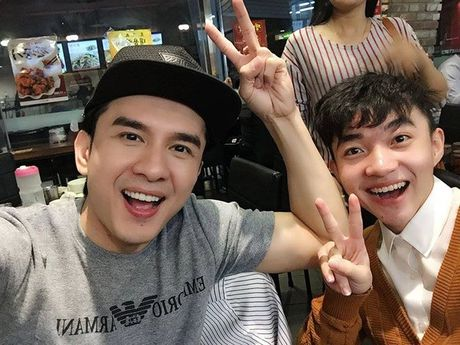 Thay tro Dan Truong - Trung Quang duoc chao don nong nhiet o Han Quoc - Anh 2