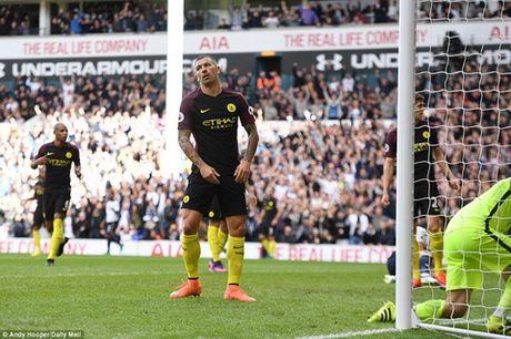 Man City va nhung diem yeu lo ra sau tran thua Tottenham - Anh 1
