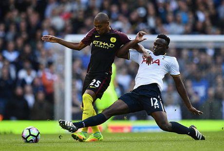 Man City va nhung diem yeu lo ra sau tran thua Tottenham - Anh 2