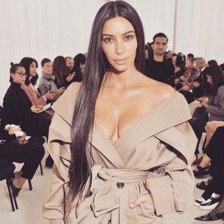 Kim Kardashian bi cuop trang suc tram ti - Anh 2