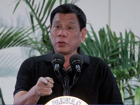 Tong thong Duterte doa ngung cho My luan chuyen quan o Philippines - Anh 2