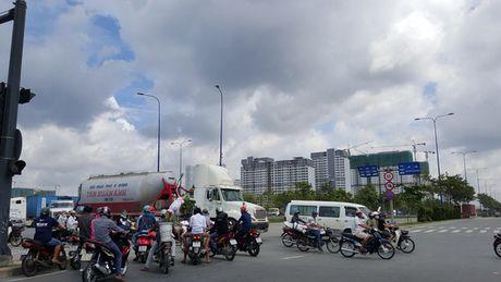 Can canh ha tang giao thong khu Dong Sai Gon - Anh 1