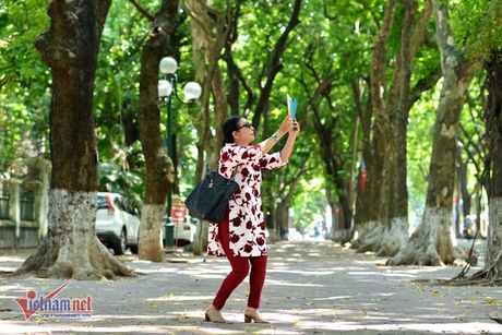 Nhan sac cua Dai ta Cong an thu vai 'Ni co Huyen Trang' - Anh 4
