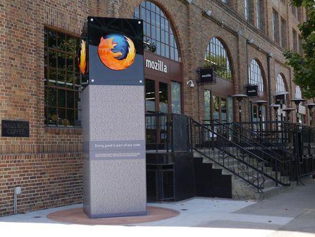 "Bi ca Safari vuot mat, Firefox buoc phai ""Chrome hoa"" chinh minh - Anh 1"