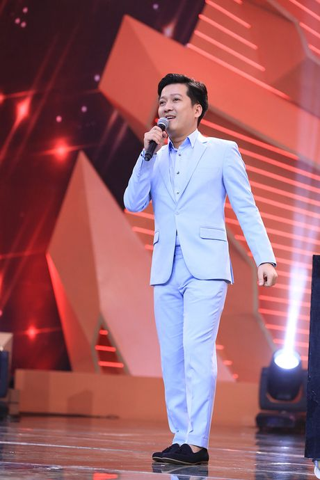 Truong The Vinh hon moi nu dong nghiep sau tin don hoan cuoi ban gai phi cong - Anh 5