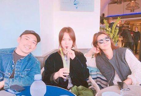 Song Hye Kyo de mat moc van xinh dep trong ky nghi sang chanh o Y - Anh 2