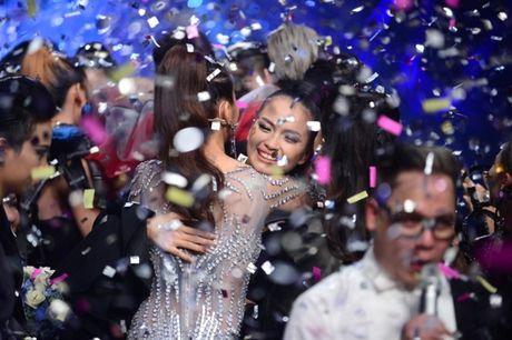 Vietnam's Next Top Model co 'them muoi' de vot vat cho mua giai nhat nhoa? - Anh 1